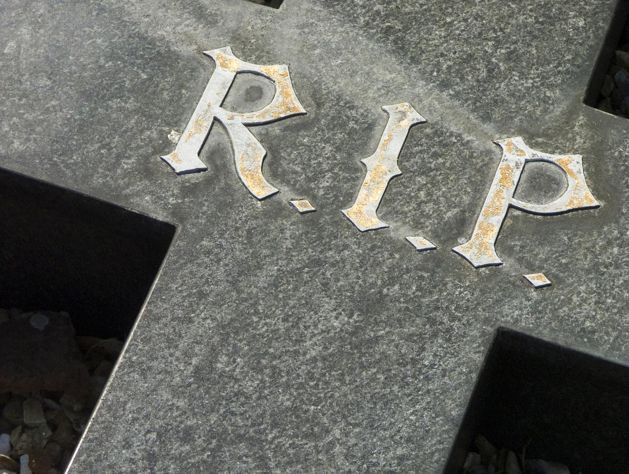 Proverbi sui funerali e sul lutto