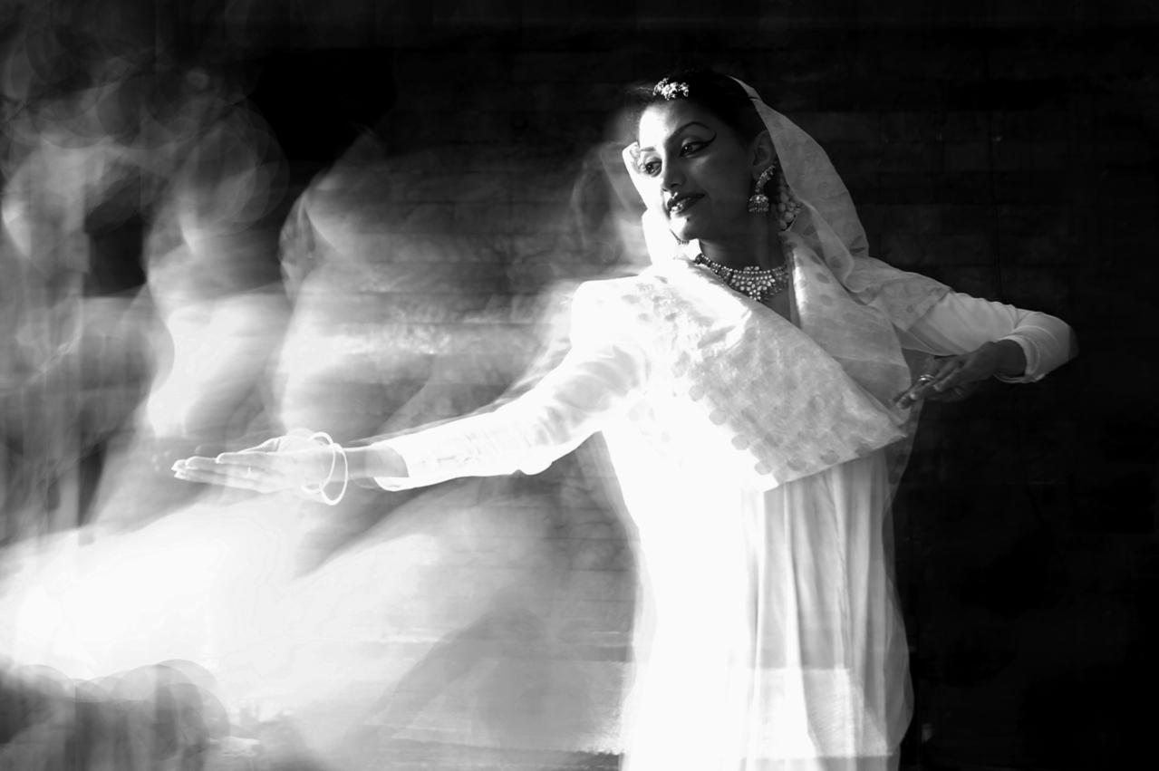 Sognare morti che ballano, significato e numero lotto