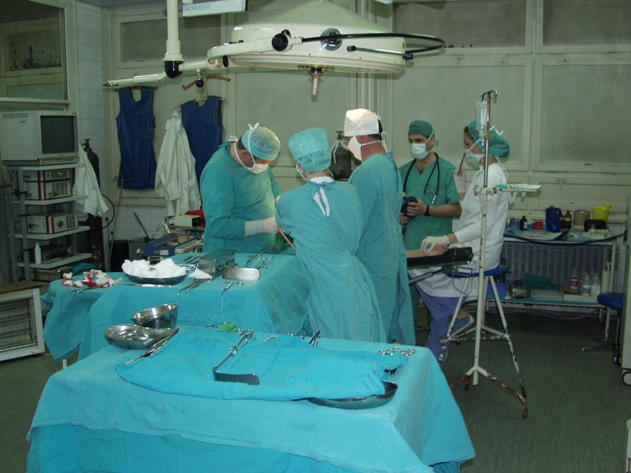 Palermo, donna morta dopo un intervento al piede
