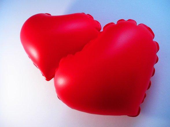 Caltana, avvista ladri nel suo condominio: muore d'infarto