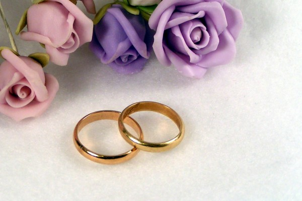 67 anni di matrimonio, muoiono mano nella mano
