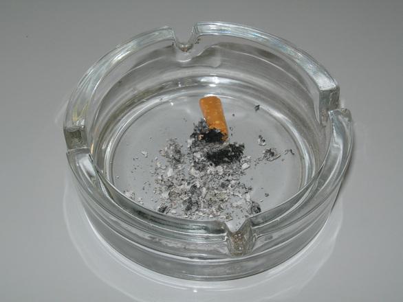 Probabilità di contrarre tumore fumo attivo