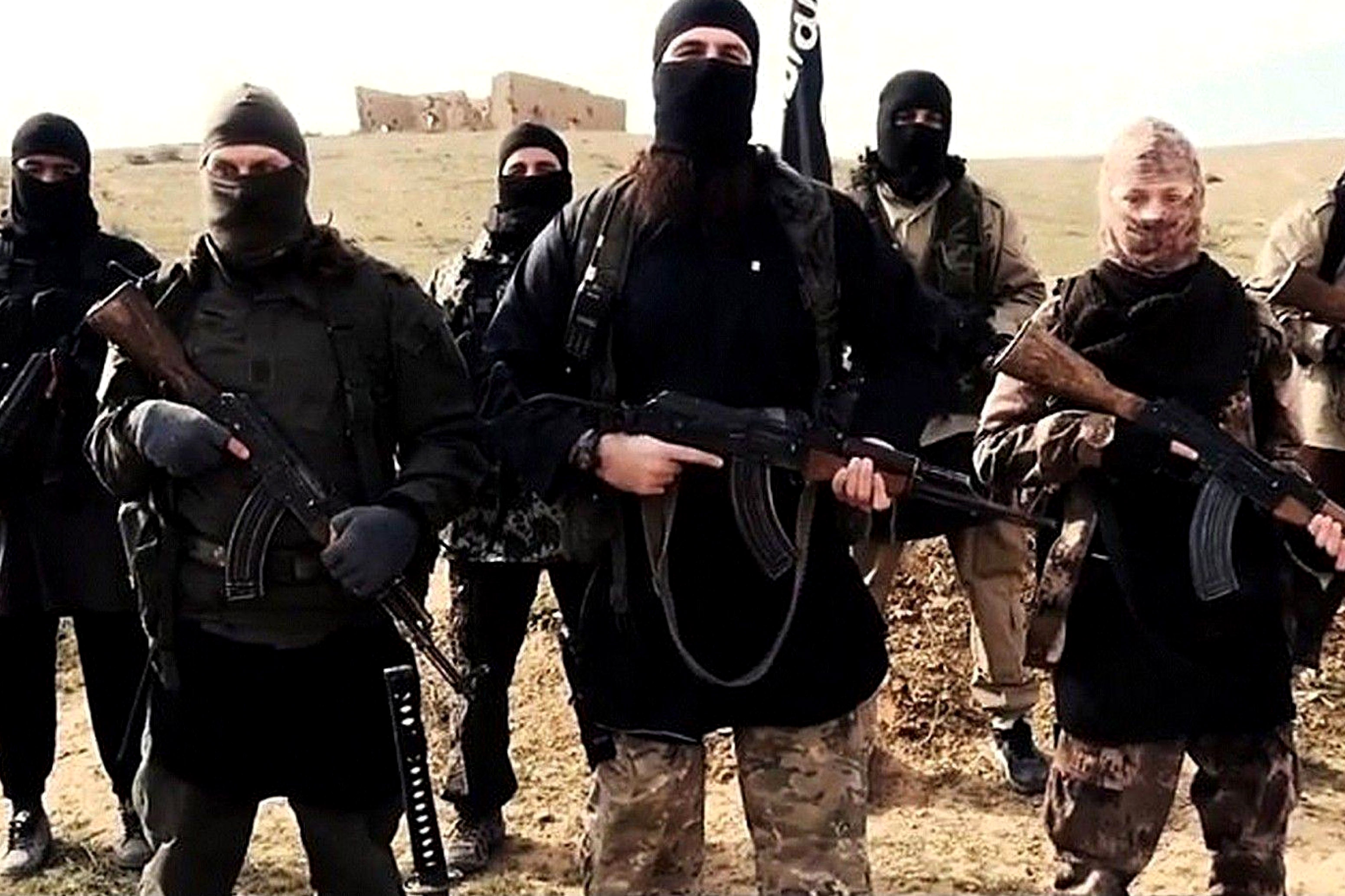 Scappa per unirsi all' Isis e muore massacrata di botte