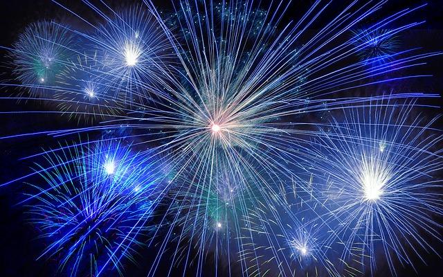Milano non aderisce al divieto dei fuochi d'artificio. In diminuzione le morti legati allo scoppio di petardi.