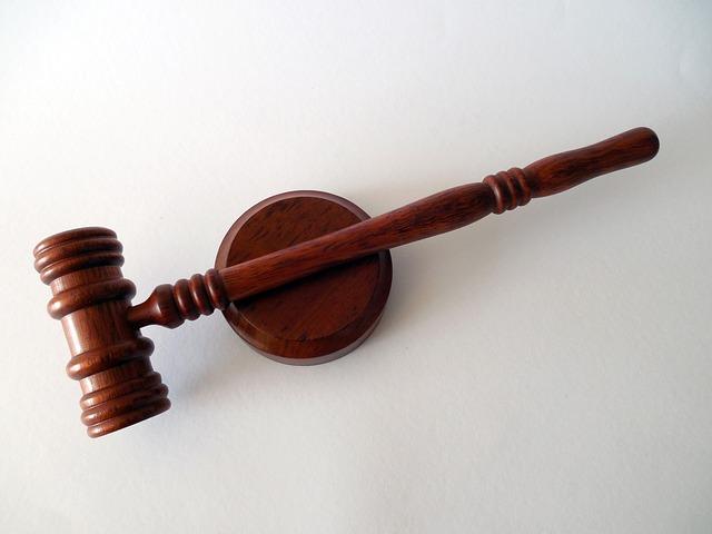 Omicidio De Santis, condanna dimezzata per confessione
