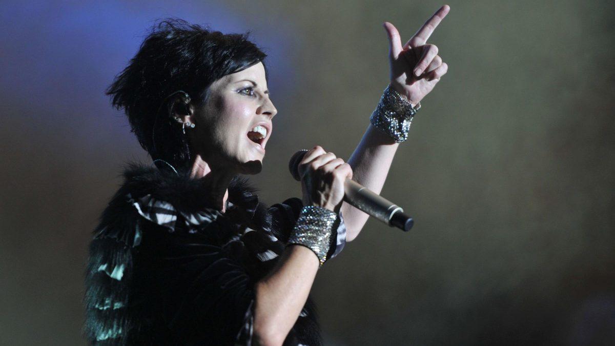 Lutto nel mondo della musica: l'addio a Dolores O'Riordan, voce indiscussa del panorama musicale