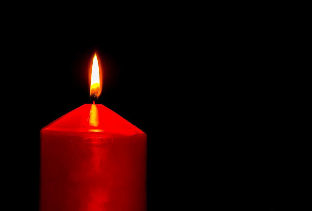 Cosa fare se muore un parente a Natale o durante le festività? Outlet del Funerale è sempre pronto a prendersi cura del vostro defunto