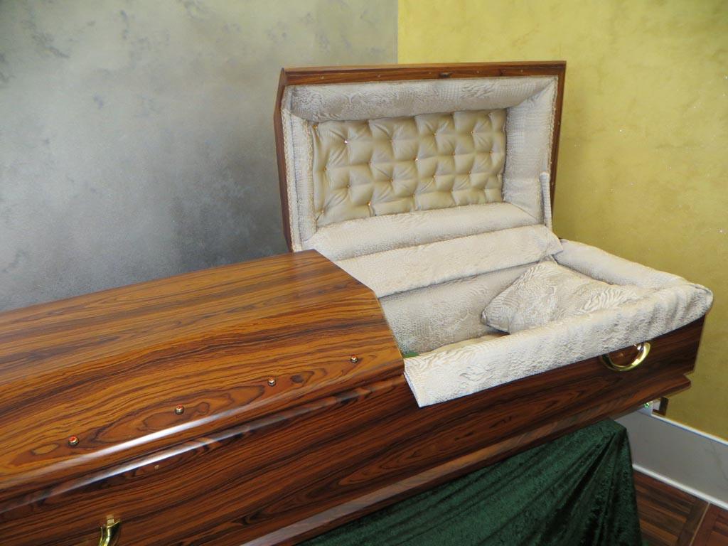 La sala del commiato di Outlet del Funerale